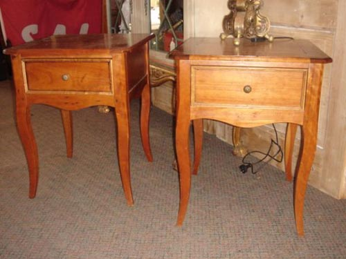 Cherrywood French Provincial lamp table