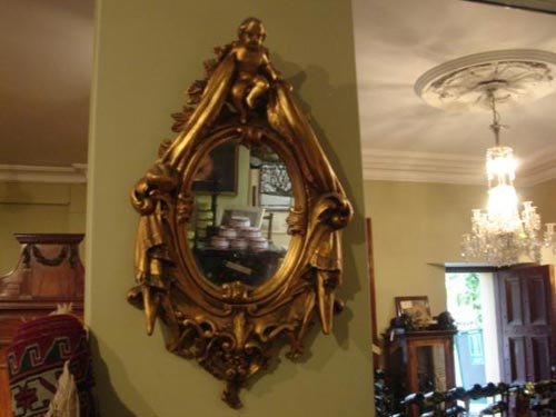 Carved giltwood venetian mirror