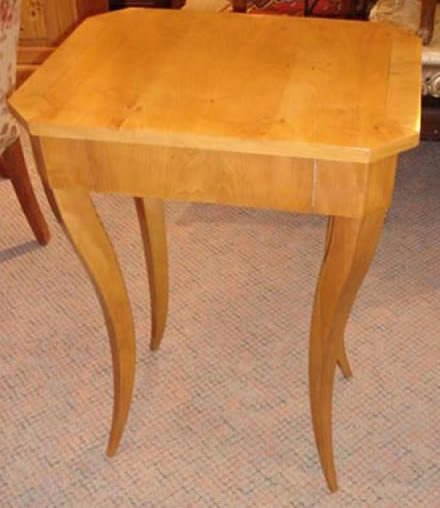 Biedermeier fruitwood lamp table